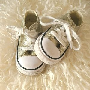 Baby Chuck Taylor All Star gold Converse